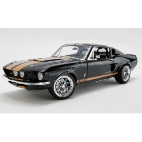 FORD MUSTANG SHELBY GT500 STREET FIGHTER NOIRE BANDES OR
