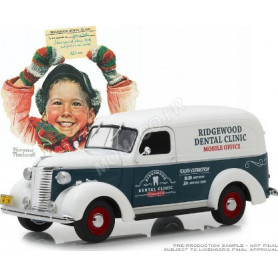 """CHEVROLET PANEL TRUCK 1939 """"NORMAN ROCKWELL"""" (EPUISE)"""