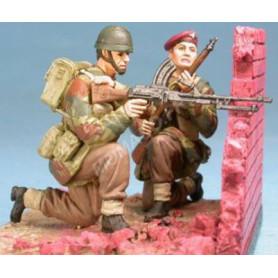 PARACHUTISTE RED DEVILS - ARNHEM 1944 (BASE DIORAMA)