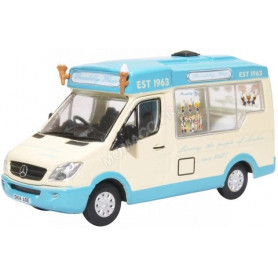 MERCEDES-BENZ WHITBY MONDIAL ICE CREAM PICCADILLY WHIP