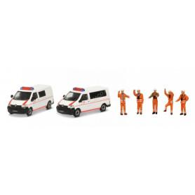 SET VOLKSWAGEN 2 BUS T5 + 5 FIGURINES (MHI)