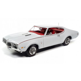 OLDSMOBILE CUTLASS S W31 1968 BLANC