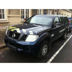 NISSAN NAVARA DOUBLE CABINE INTERVENTION BLEUE