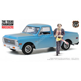 "CHEVROLET C-10 PICK-UP 1971 ""MASSACRE A LA TRONCONNEUSE (1974)"" AVEC FIGURINE"