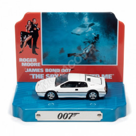 "LOTUS ESPRIT 1976 BLANCHE ""JAMES BOND 007 - L'ESPION QUI M'AIMAIT (1977)"""