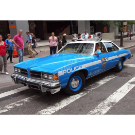 "PONTIAC LEMANS 1977 ""NYPD - NEW YORK POLICE DEPARTMENT"""